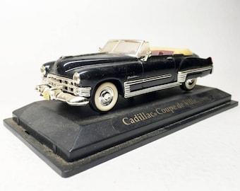 Cadillac Coupé de Ville - 1949 - French Vintage Miniature Metal Car