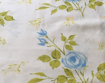 Vintage Full Flat Sheet / Bright Blue Flowers / Green Yellow - Repurpose Reuse Recycle Craft Quilt Collect