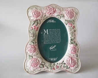 Pink Roses Ceramic Photo Frame, Victorian Majolica Style, Shabby Cottage Chic 5 x 7 Oval Opening, Terragrafics, 1991