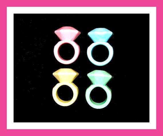 24 Wedding Ring Soap Favors,Bridal Shower Favors,Engagement Favors,Personalized Wedding Bridal Button Pin,Diamond Ring Favor,Party FavorLove