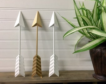 Arrow Wall Decor/Gold Arrow/Metal Arrow/Bohemian Decor/Arrow/Arrows/Tribal/ Indian/SSLID0262/Southwest/Arrow Art/Coral/Trendy/Boho