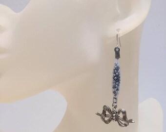 NET earrings white black silver microbeads bow
