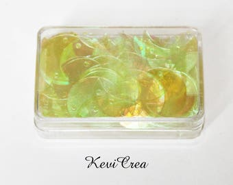 1 x sequins Yellow Moon - 8 g sewing box