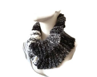 Knit Snood, Single Loop Scarf, Chunky Cowl