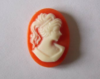 Set of 10 (CAM26) coral resin cameos