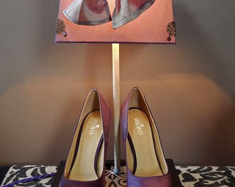Light purple satin stiletto pumps