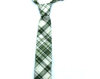 Boys Necktie, Boys Green Tie, Boys Green Necktie, Mens Green Necktie, Toddler Green Necktie, Ring Bearer Outfit, Pageboy Outfit