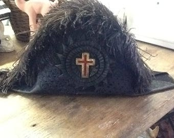 Vintage Knight's Templar Fleathered Hat
