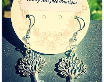 Beautiful Tree Of Life Earrings. 925 Silver Hooks.