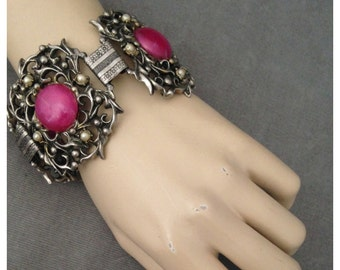 Chunky Mid-Century, 1950s Statement Bracelet, HUGE Links, Fuschia  and Silver Toned, Tiny Pearls