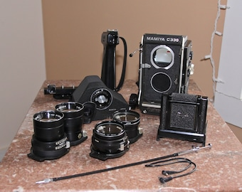 Vintage Mamiya C330 Professional TLR Medium Format camera, 2 lenses 80 and 135mm, waist view finder and porrofinder, carry case, and extras
