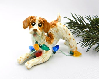 Dog Bretagne Orange Noël ornement Figurine en porcelaine fait main