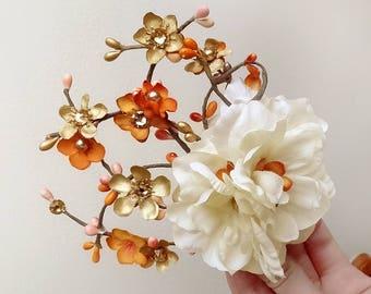 gold flower hair clip, orange hair flower, fall wedding hair accessories, wedding head piece, fall hair comb, fall wedding hair piece, cream