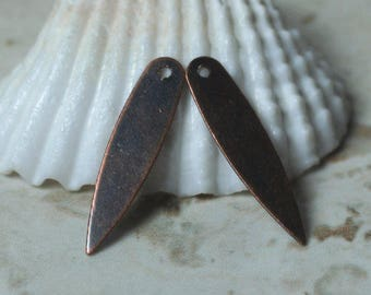 40 pcs Antique copper drop dangle size 21x5mm (item ID B-YWXW00998AC)