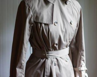 London Fog Tan Trench Coat / Vintage Rain Coat / Womens Vintage / Vintage / Womens Vintage Rain Coat / Vintge Trench Coat / Womens Coats /