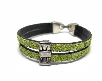 Split leather green glitter bracelet