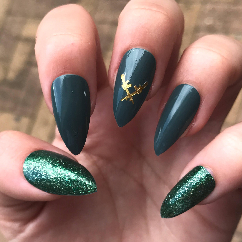 Grün Stiletto Nägel falsche Nägel Gold gold