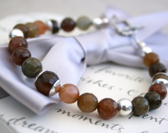 Agate and Sterling Silver Bracelet with toggle closure