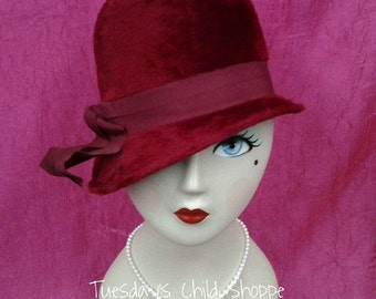 Burgundy Felt Vintage Ladies Hat
