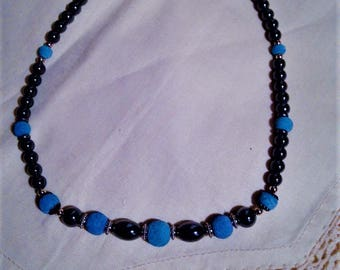 Pretty beaded necklace. FREE shipping in the USA! Holiday gift box included!