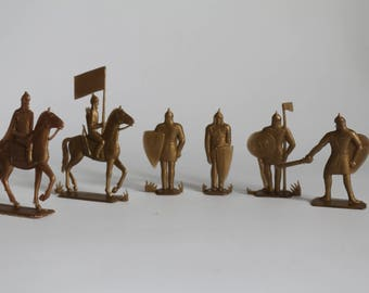Soldiers, ice slaughter, plastic soldiers, toys of the USSR, knights, riders, warrior with shield, warrior on horseback, selective soldiers