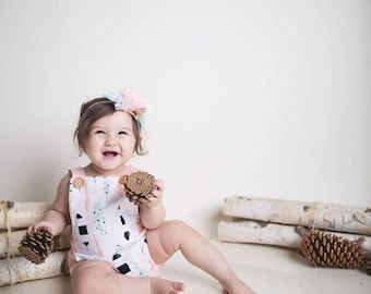 Feather Boho Bohemian Baby Girl Bubble Romper Bodysuit Playsuit
