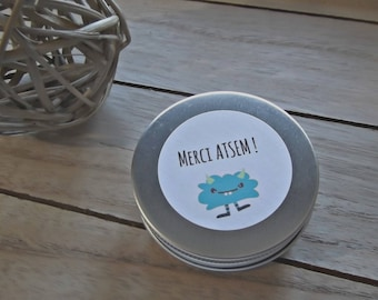 Coconut scented candle atmosphere has give to teacher 100% natural coconut scent