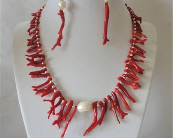 Splendid Italian Coral Necklace Set*****.