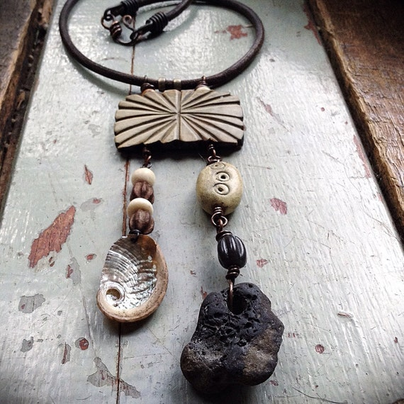 Rustic tribal necklace | Amulet necklace | Hag stone | Metaphysical jewelry | Witch stone necklace | Assemblage necklace | Natural stone