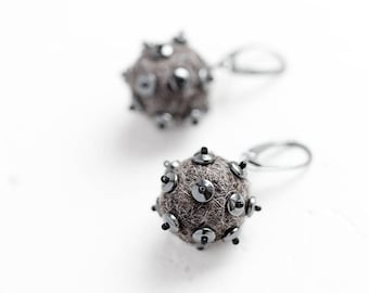 Unusual ball earrings with dark gray felt black beads hematite - Wool anniversary gift - Modern statement elegant jewelry