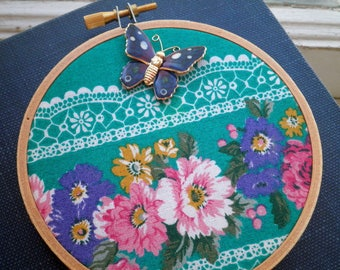 Vintage Floral Fabric & Butterfly Hoop Art. Upcycled 80s Flowers + Lace Pattern Retro Fabric Wall Art / Hanging. Textile / Fiber Insect Gift