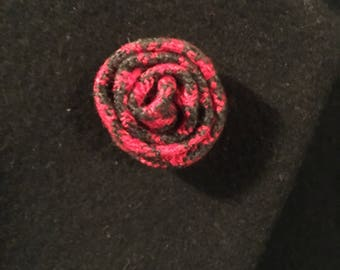 Flower Lapel Pin (Red Houndstooth)