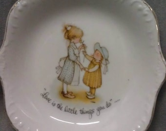 Holly Hobbie Dish Love is the Little Things You Do