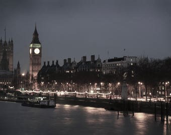 Thames River Canvas Photo