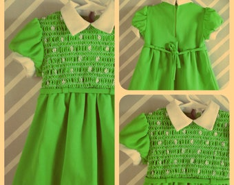 vintage lime green smocked mod little girls dress by alyssa size 2-3-4 years