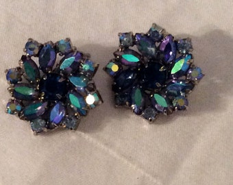 Aurora Borealis Clip Earrings, Garne Earrings, Blue and Green Marquis Shaped, surrounded with Round Faceted ABs, Blue Rhinestone in Center