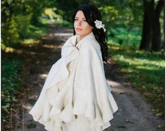 Felt Felted shawl Bridal shawl Elegant white Wavy Ruffle scarf 2 in 1 Two side wearable