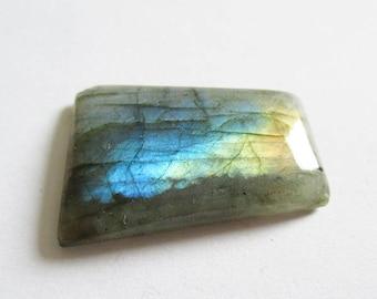Labradorite - ref63234 - undrilled - 29x18x5mm (blue green gold highlights)