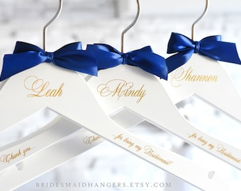 Personalized Hangers for Wedding, White Wedding Hangers, Wedding Party Gift, Bridesmaid Proposal, Bridesmaid Hangers,Bridal Party Hanger H10