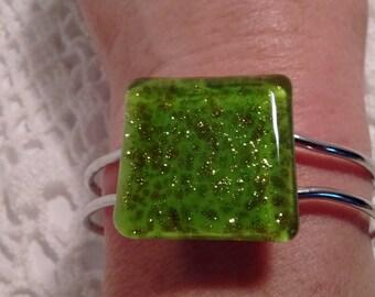 Bright Green/Art Glass Bracelet: