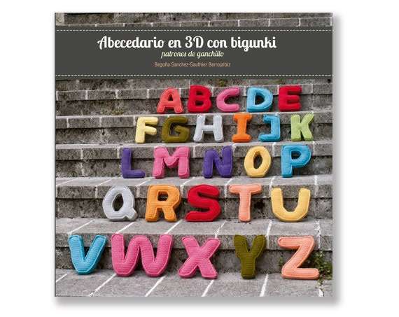Libro patrones ganchillo Abecedario en 3D con bigunki
