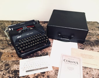 1948 Smith Corona Sterling Portable Typewriter Floating Shift With Case