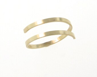 spiral rings gold ring us white