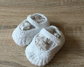 Hand Knitted Mary Jane Baby Shoes.