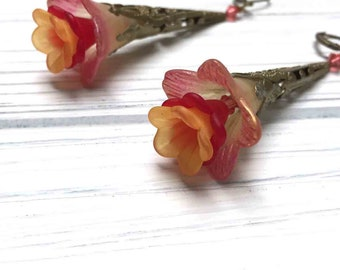 Victorian Filigree Flower Earrings. Long Drop Earrings. Red. Golden Yellow. Lightweight. Garden. Romantic. Nature. Fairy. Handmade Jewelry.