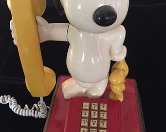 Vintage Snoopy and Woodstock Rotary Telephone
