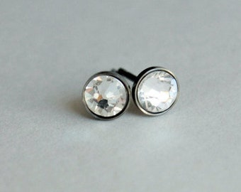 Titanium Earrings Studs Clear Swarovski Crystals / 4mm or 5mm / Allergy Free Earrings for Metal Allergies