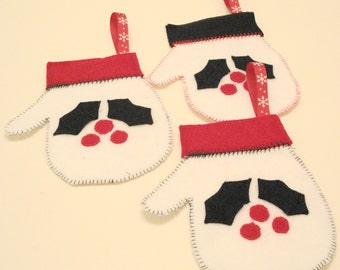 Christmas Mitten Ornaments Set of 3