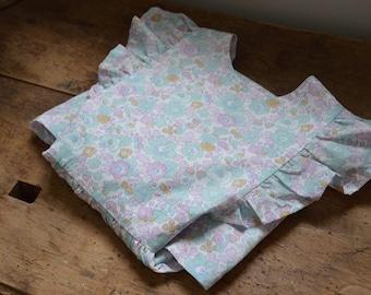 Dress liberty betsy celadon apron