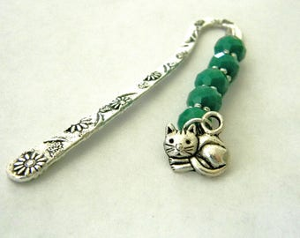 Cat Bookmark with Green Glass Beads Short Shepherd Hook Bookmark Silver Color
